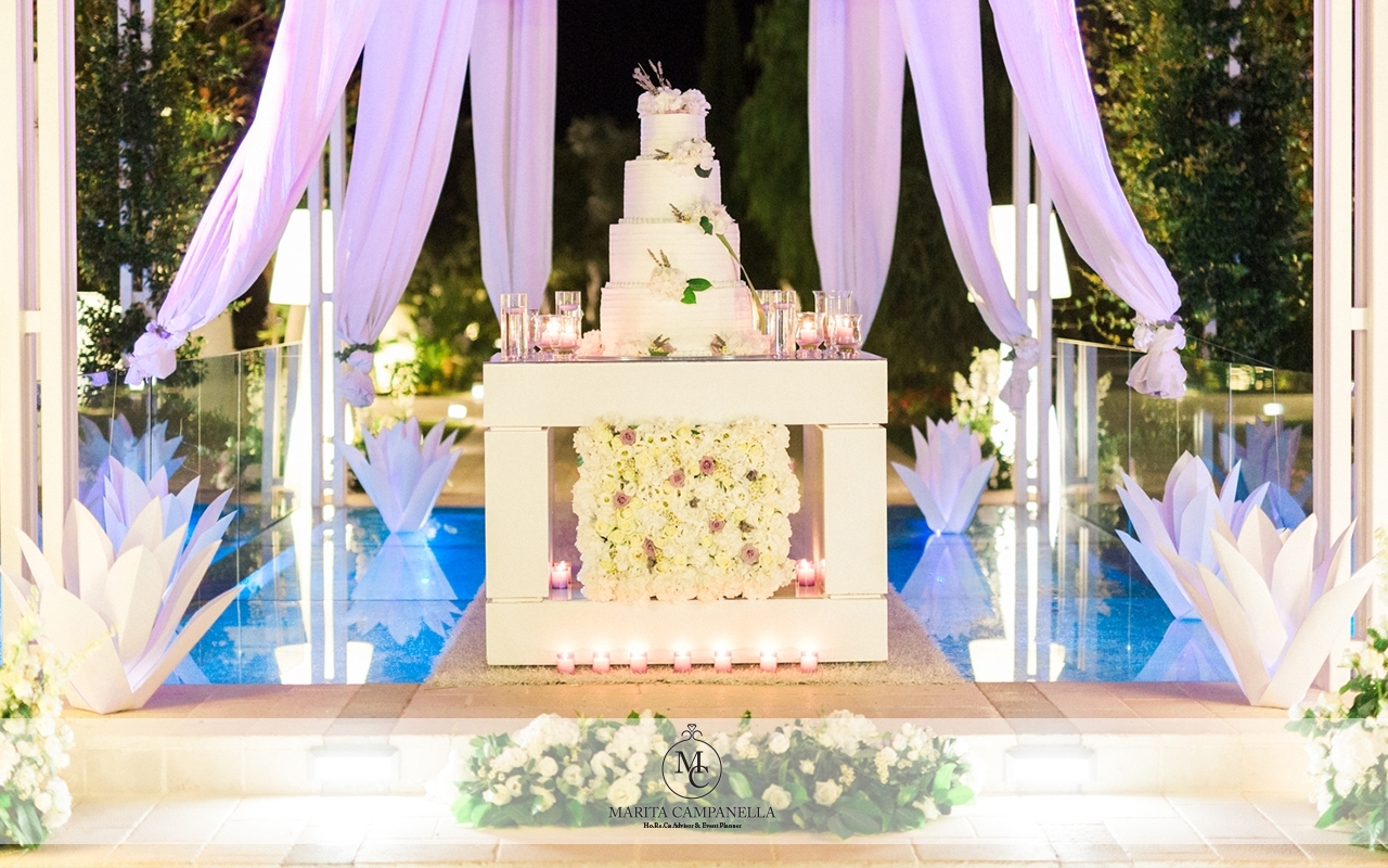 matrimonio minimal chic wedding cake
